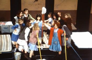 1995 Annie (3)