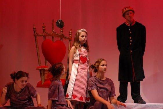2010 Alice in Wonderland (6)