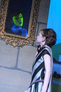 2011 Snow White A Very Pale Fairy Tale (2)